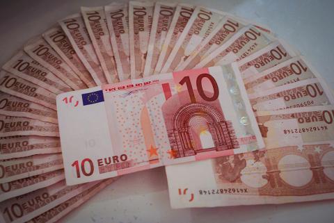 image-money